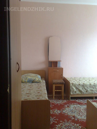 Gelendzhik private sector. Photo of the room 3 triple - room