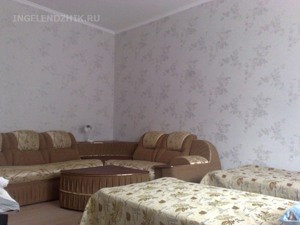 Gelendzhik private sector. Photo of the room 4 triple